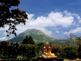 Tomohon Buddhayana Temple
