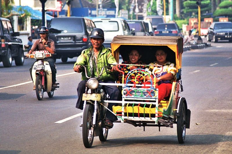 Medan Motorized Three wheeler - Betor Becak bermotor